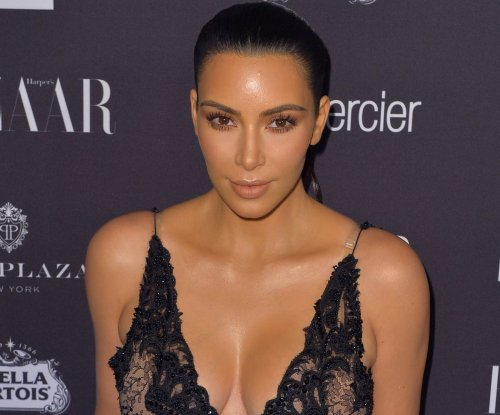 'Keeping Up with the Kardashians' on hold after Kim's robbery
