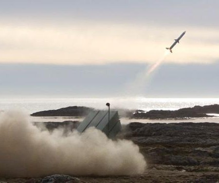 Lithuania signs missile agreement with Norway