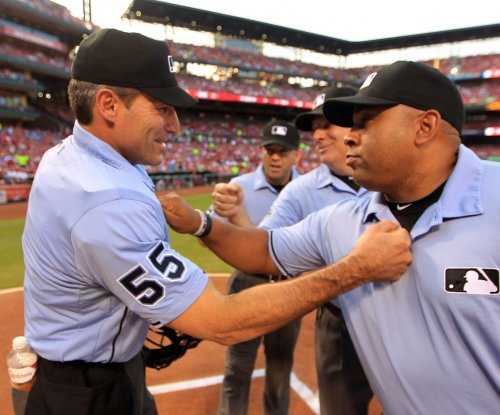 MLB: Umpire Angel Hernandez sues MLB, alleges race discrimination