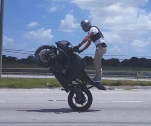 Motorcyclist filmed doing dangerous wheelie on Florida's Turnpike