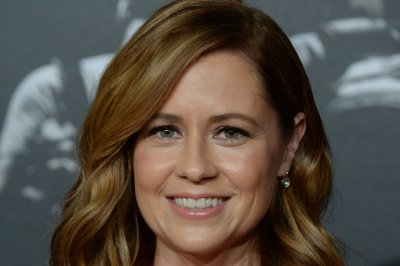 Jenna Fischer, Angela Kinsey 'really want' an 'Office' reunion
