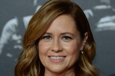 Jenna Fischer, Angela Kinsey 'really want' an 'Office' reunion