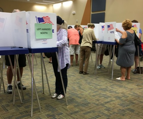 Federal judge rules Florida cannot bar felons from voting due to outstanding court fees