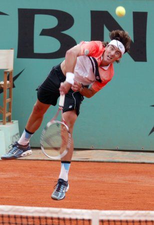 Robredo moves to Warsaw Open second round