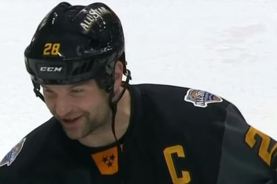 John Scott steals show again, Pacific Division wins ASG