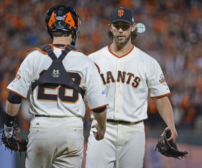 Buster Posey homers twice, drives in six in San Francisco Giants' win