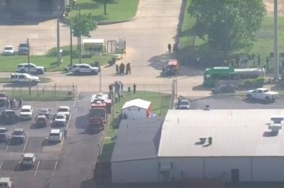 Police: 1 dead, 4 in critical condition following Bryan, Texas shooting thumbnail