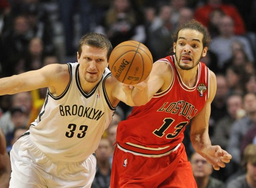 Injury threatens Joakim Noah's post-season for Bulls