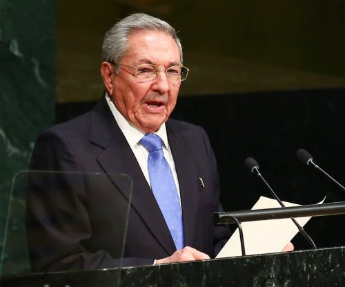 Raul Castro: U.S. must end decades-old embargo to normalize relations