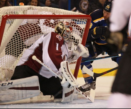 Semyon Varlamov strong as Colorado Avalanche bury St. Louis Blues