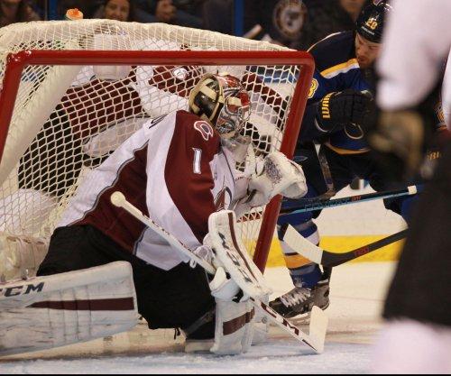 Semyon Varlamov strong as Colorado Avalanche bury St. Louis Blues