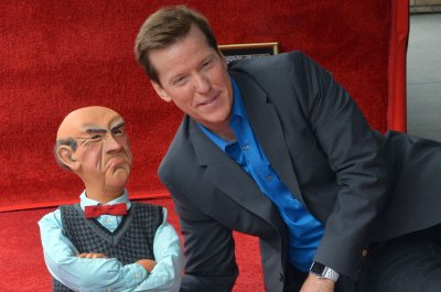 Jeff Dunham: Current political climate 'really difficult' for comedians