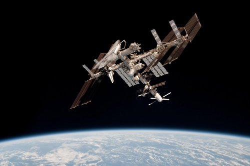 Space station missions called 'chaos'
