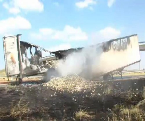 Onion truck catches fire near Frying Pan Road in Texas