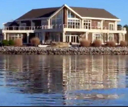 Will Muschamp buys island, home in South Carolina