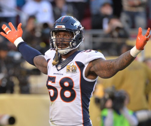 "John Elway ""loves"" Von Miller, talks contract in phone call"