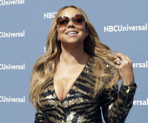 Mariah Carey shares selfie with Beyonce, announces 2017 tour with Lionel Richie