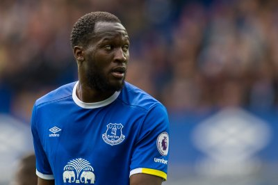 Manchester United star Lukaku getting legal advice on voodoo claim from Everton owner