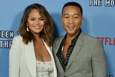 Chrissy Teigen plays 'Spill Your Guts' on 'Late Late Show'