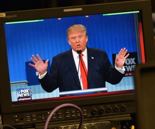Report: Ex-Fox News chief Roger Ailes advising Donald Trump on debates