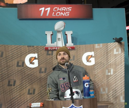 Chris Long bids adieu to New England Patriots