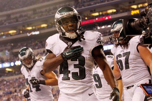Darren Sproles: Philadelphia Eagles RB breaks arm, tears ACL in one play