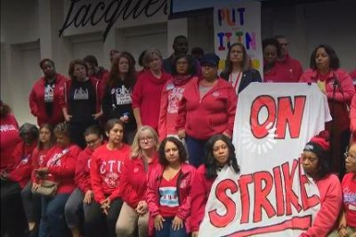 Chicago teachers go on strike, putting new Mayor Lori Lightfoot to the test