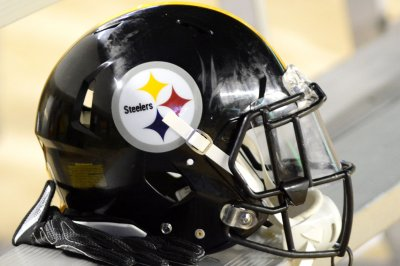 NFL considers helmet facemasks with surgical, N95 material