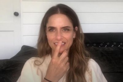 David Benioff's wife, Amanda Peet, says she stands by 'GOT' finale