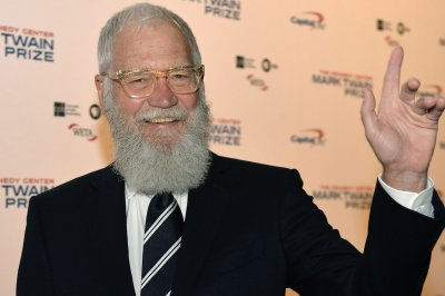 David Letterman praises, remembers Regis Philbin on 'Kimmel'