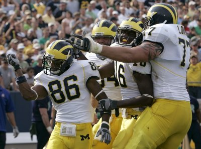 Michigan's Jake Long tabbed by Dolphins