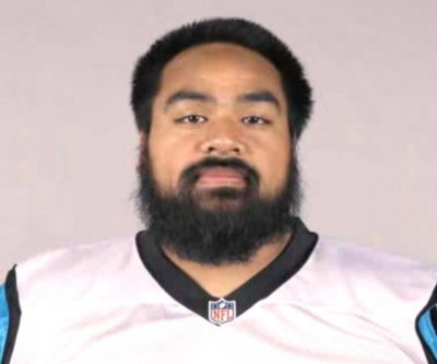 Carolina Panthers DT Star Lotulelei carted off at practice