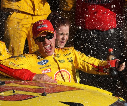 Joey Logano supports Matt Kenseth's suspension