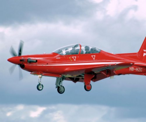 Finmeccanica to provide communications for Australian PC-21 trainers