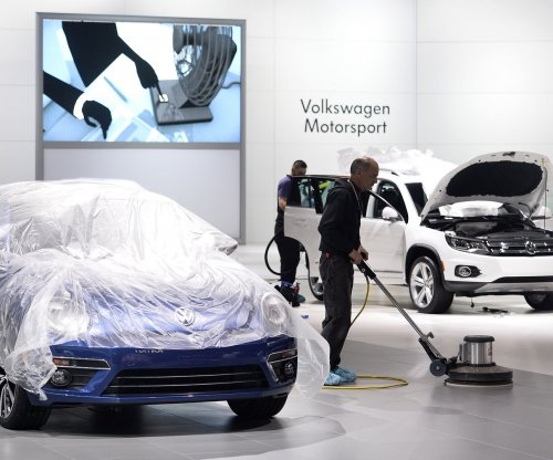 VW exec charged in emissions scandal claims he was a minor player