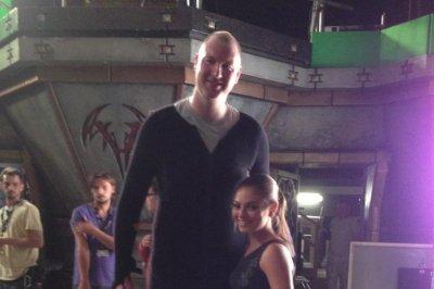 Neil Fingleton of 'Game of Thrones' dead at 36