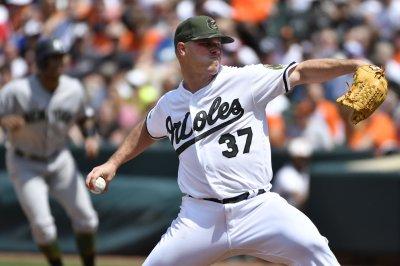 Dylan Bundy helps Baltimore Orioles snap 7-game losing streak