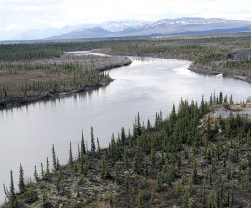 Alaska, Maine senators back Arctic drilling in $1.8B federal proposal