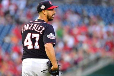 Nationals lean on veteran Gonzalez vs. Giants rookie Rodriguez