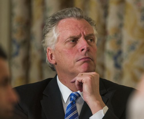 Va. Gov. Terry McAuliffe hospitalized for broken ribs suffered horseback riding in Africa