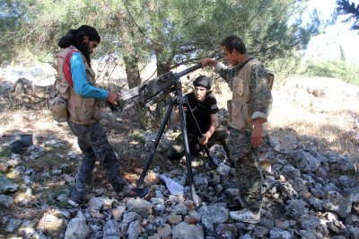 Rights group: 75 rebels trained by U.S.-led coalition enter Syria