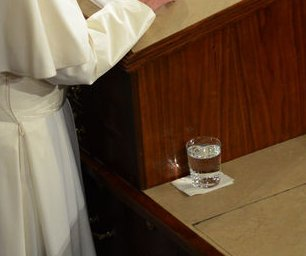 Congressman swiped Pope Francis' abandoned water glass, took a sip