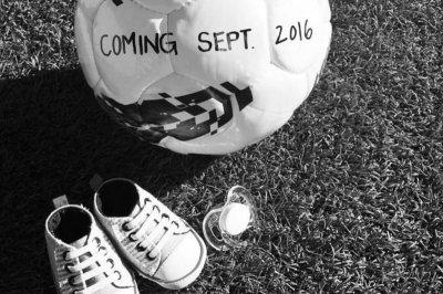 USWNT's Sydney Leroux Dwyer announces baby