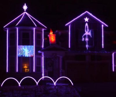 Minnesota family's Christmas light show pays tribute to Prince