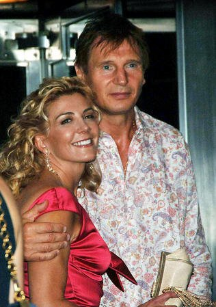 Neeson, Redgrave attend Broadway tribute