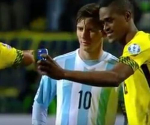 Jamaica forward takes selfie with Messi after loss to Argentina