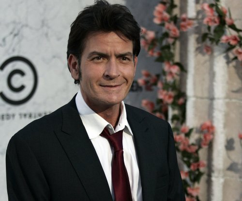 Burt Reynolds on Charlie Sheen: 'I don't feel bad for him'