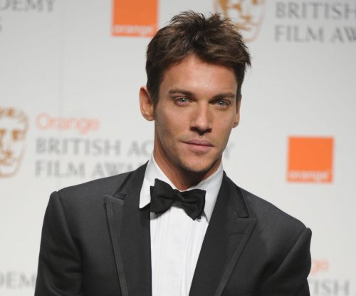 Jonathan Rhys Meyers, Mara Lane welcome first child