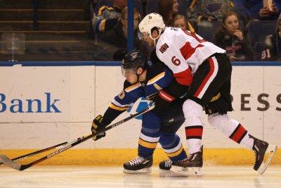 Ottawa Senators' Bobby Ryan out indefinitely with finger injury
