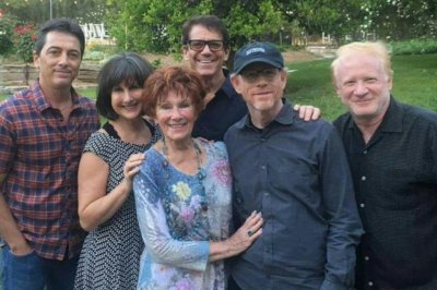 'Happy Days' stars reunite after Erin Moran's death